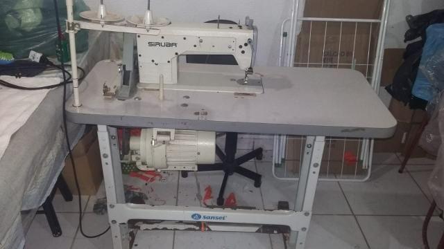 Máquina de costura reta industrial R$ 1.000