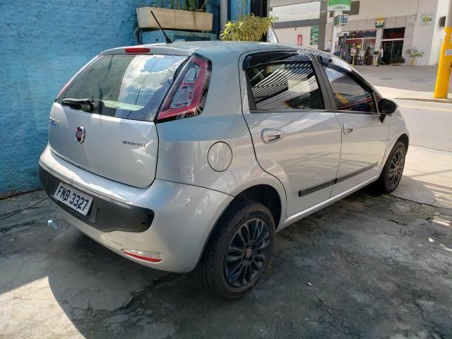 Fiat Punto 1.4 8v Flex 4p Completo 2014 - Foto 2