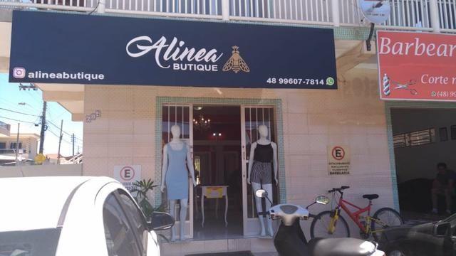 Bela loja de roupas 100 metros da Avenida principal praia dos Ingleses - Foto 6