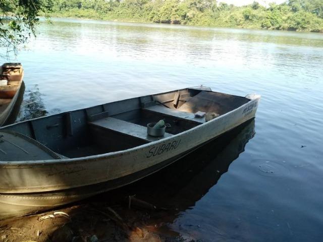 Chácara de porteira fechada na beira do rio Cuiabá com barco gado cavalo casa boa - Foto 4