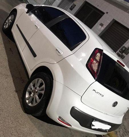 Fiat Punto Essence 1.6 16V 2013 - Foto 11