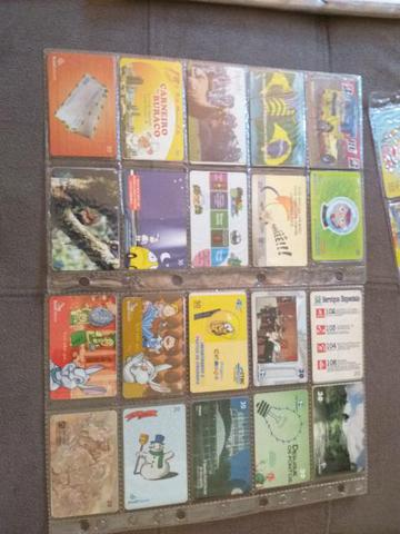 Vendo essa coleção de cartões telefônicos...antigos