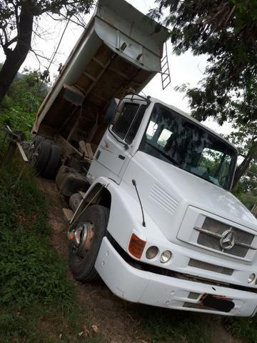 Caminhão Mercedes-Benz 1620 - Foto 2