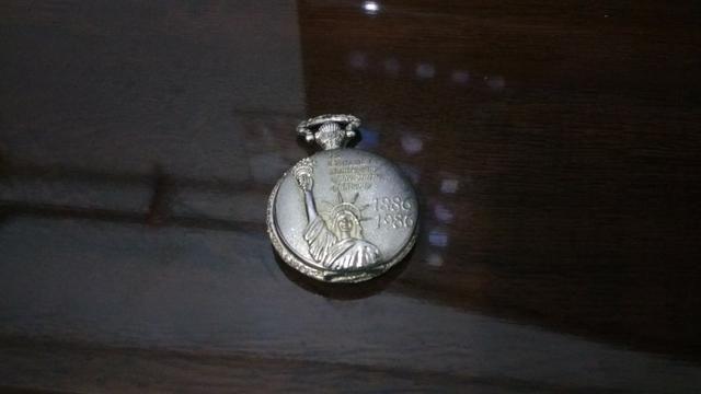 Relógio Quartzo à corda 1986 - Relíquia