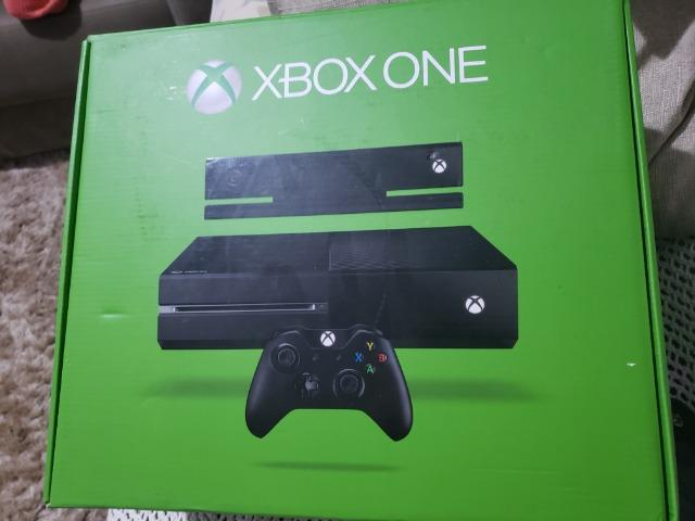 Xbox one + kinect + controle + kit play and charge original