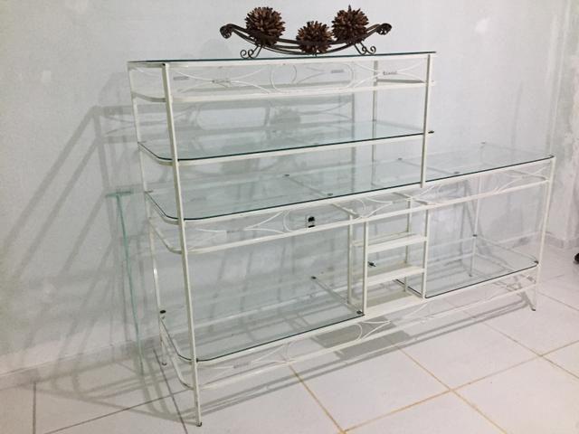 Estante linda em aço e vidro - Foto 3