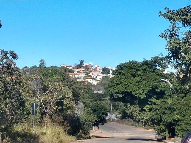 Lote De 1000 Metros no Lagoa Mansões, Bairro Nobre, Vizinhança Ótima, Financio - MVT - Foto 2