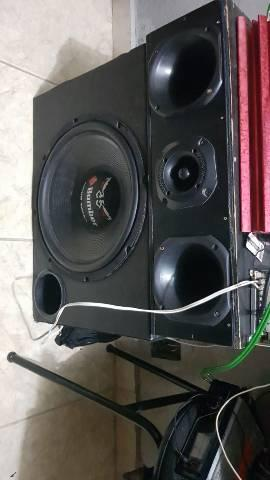 Som automotivo  Buster 650 rms