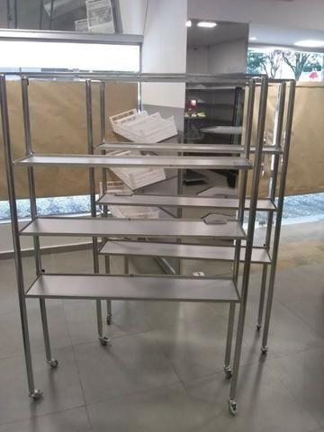 Expositor de produtos em prateleiras metálico - Foto 3