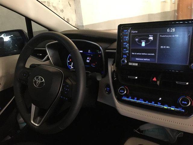 Corolla Altis Hybrid Premium - Foto 6