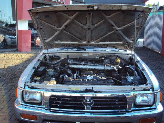 Hilux sr5 2.8 2001/01 diesel 4x4 completa reliquia !!! - Foto 6