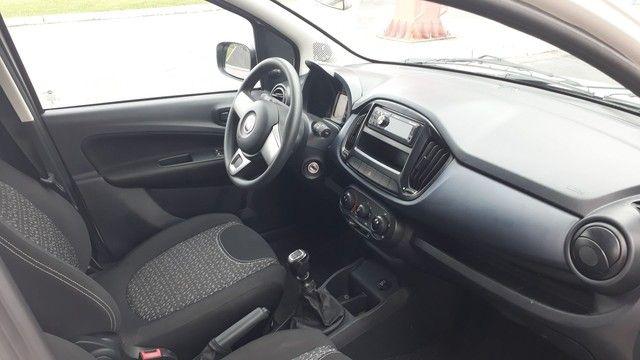 Fiat Uno 2019 completo  1.0 4 cilindros atractive  - Foto 9