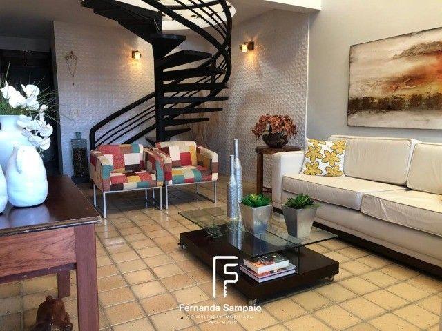 Casa para venda com 4 suítes em Barro Duro - Maceió - AL