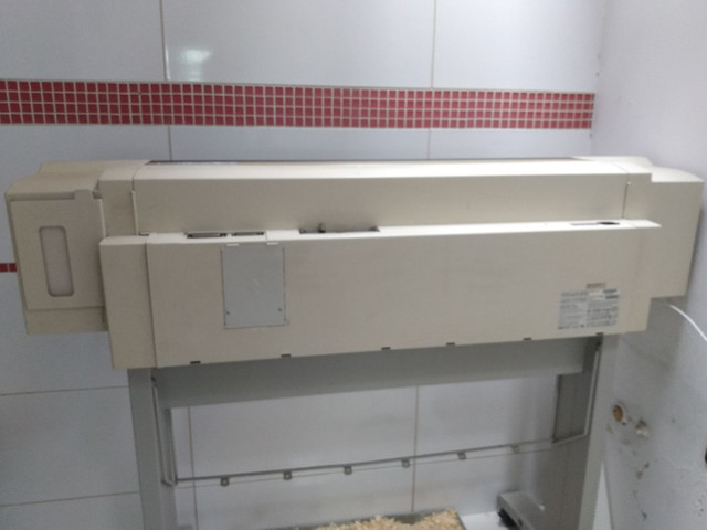 Plotter HP Hewlett Packard Design Jet 750C Plus