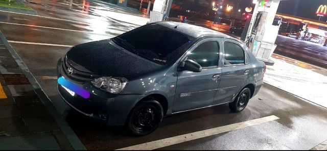 Toyota etios sedan 2014 - Foto 2
