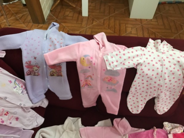 Roupinhas de bebê menina de 0 a 6  - Foto 3
