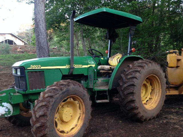 Tratores Usados - 75 a 150cv - John Deere/New Holland/Agrale/CBT
