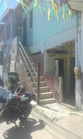 Vendo 2 casa com dois quartos cada uma frente de rua no precao