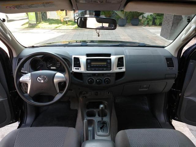 Toyota Hilux 2013, 74.000 km praticamente único dono, impecável - Foto 9