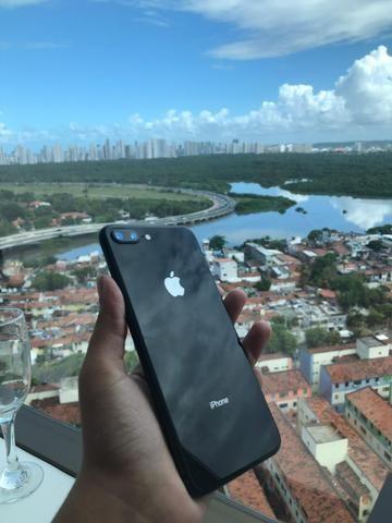 Apple iPhone 8 Plus de 64GB em ótimo estado. Somos loja !!