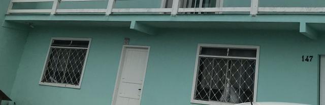 Alugo casa reformada , com portão , e relógio de luz individual jarivatuba