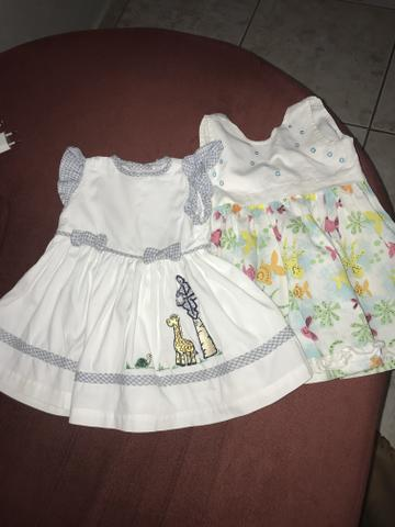 Vestidos 1 ano 25,00 cda