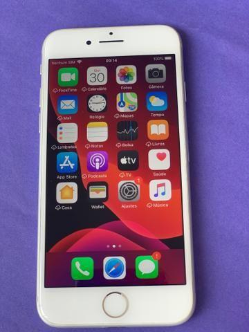 IPhone 8 64GB Silver - praticamente sem uso - completo - Foto 2