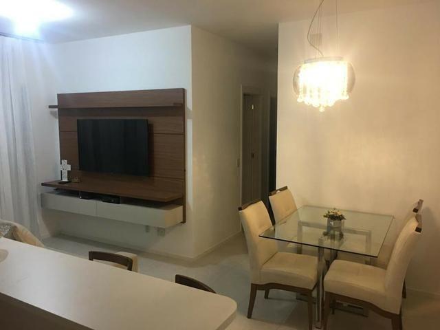 Apartamento 3 quartos, 2 vagas, mobiliado no Villaggio Manguinhos em Morada de Laranjeiras