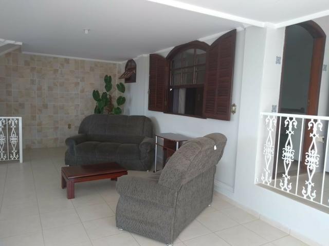 Vendo- Casa com três dormitórios em São Lourenço-MG - Foto 4