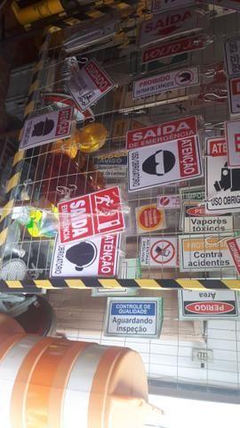 Cones a r$10.00Material para segurança contenção de pessoas para estabelecimentos - Foto 5