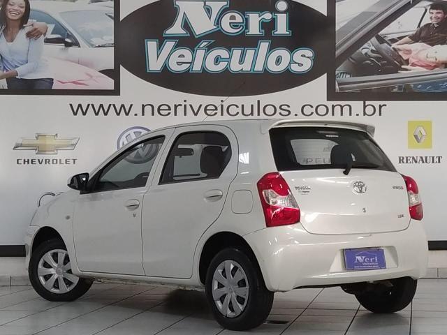Toyota Etios x 1.3 - Foto 3