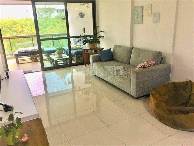 Apartamento à venda com 3 dormitórios cod:BI8758