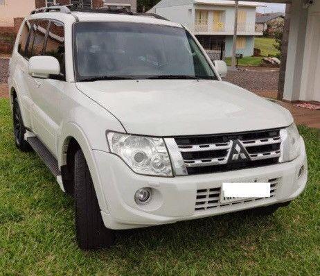 Mitsubishi Pajero Full HPE 4x4 3.2 Diesel 7 lugares