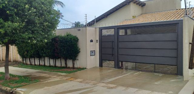 Vendo Casa Térrea Jardim Leblon - 03 qtos com piscina 360m2 - Foto 2