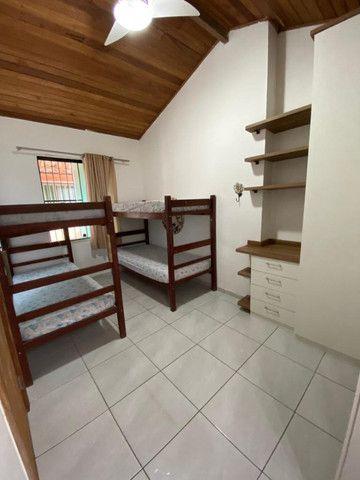 Casa ampla e muito aconchegante - 5 minutos a pé da Praia do Forte - Para até 10 pessoas - Foto 8