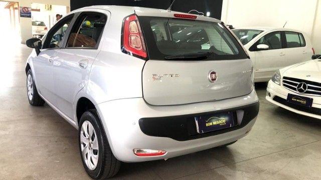 Fiat Punto Attractive 1.4 Completo carro Semi Novo 2015 - Foto 8