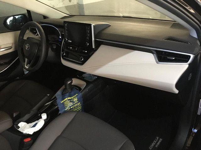 Corolla Altis Hybrid Premium - Foto 4