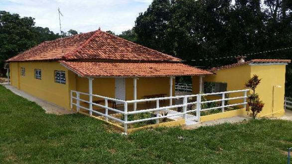 Vendo troca financio fazenda diferenciada em bom despacho mg ao lado da cidade 71 hectares