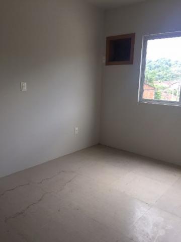 Apartamento com 3 quartos (1 suíte)