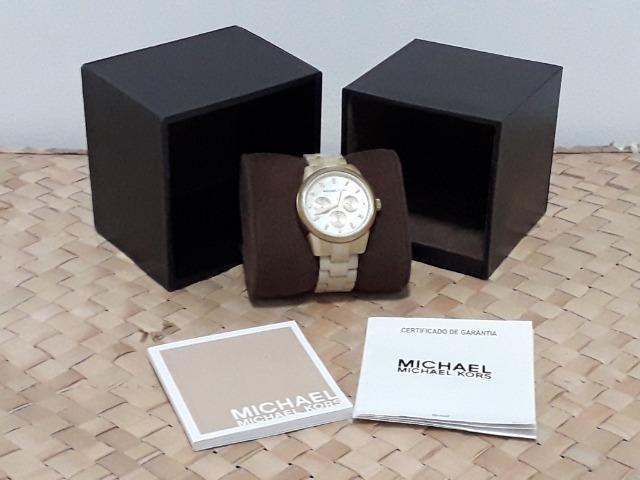 d09aad81862 Relógio Michael Kors Original em Madrepérola - Bijouterias