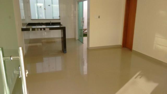 Casa em Ipatinga, 3 qts/suite, 110 m², 2 vags 5x5 mts, piso porc retif. Valor 240 mil - Foto 4