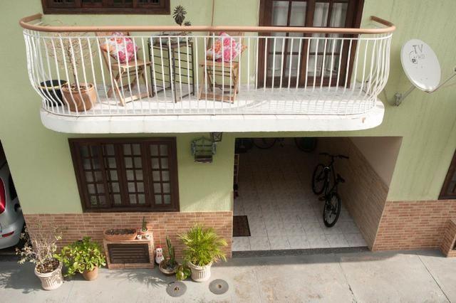 Vila da Penha Junto Shopping3000 Casa Duplex SemiLuxo Varanda 2Qts 2Banheiros 1vaga