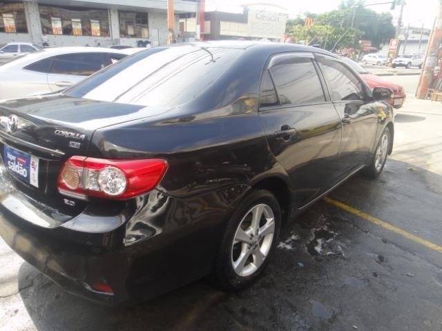 Toyota Corolla Financio ate sem entrada+gnv d quint ger+ completo troca moto ou carro - Foto 15