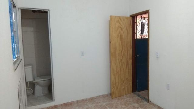 Aluguel de Casa ampla, 2 quartos, Sala, Cozinha, 2 Banheiros. Jacarepaguá - Foto 3