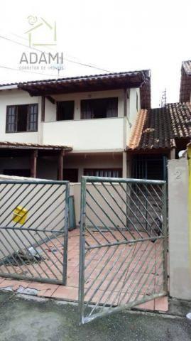 Casa tipo apartamento com 2 quartos no Jardim Marilea Rio das Ostras.