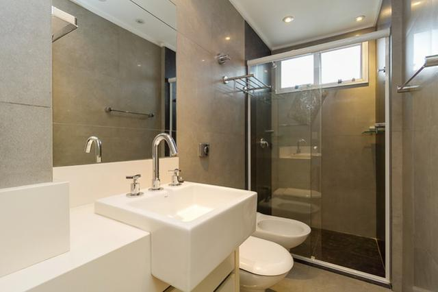 Apartamento a venda 94m Semi-Mobiliado e Totalmente Reformado! - Foto 10