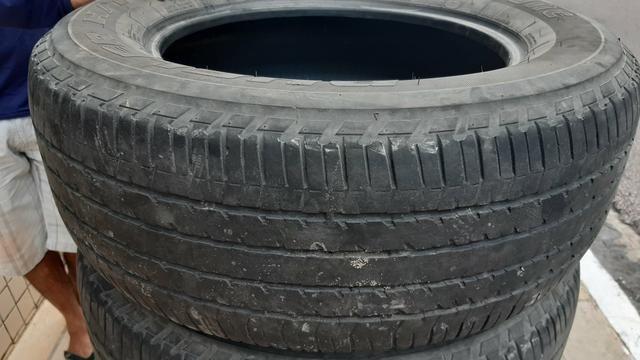 Vendo pneus 265/60R18