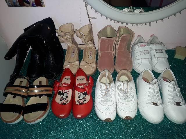 Lote calçados infantil