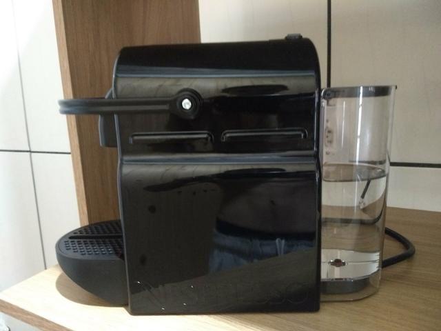 Cafeteira Nespresso com cápsulas aceito cartão até 12x juros por conta do comprador