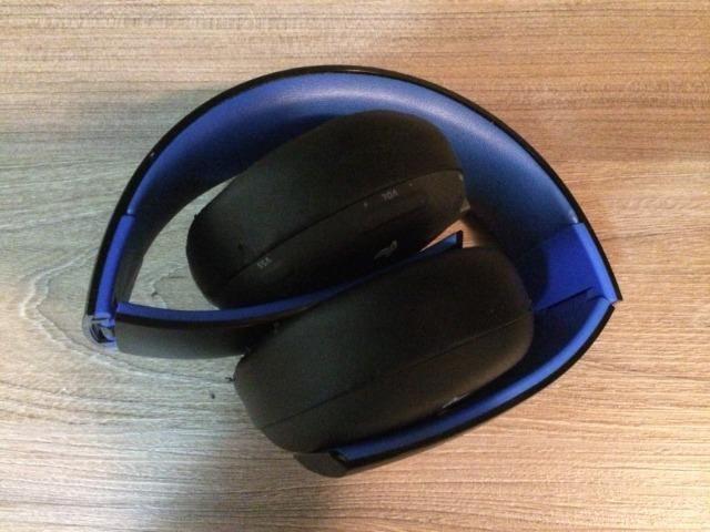 Headset PS4/PS3 Sony Gold sem fio - Wireless - Foto 2
